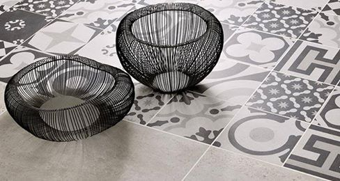 CF Cement accents black & white Patchwork