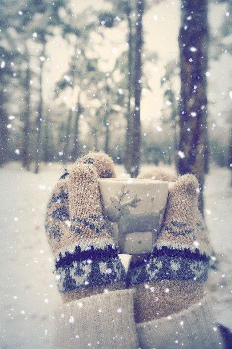 Gloves, mug and snow.