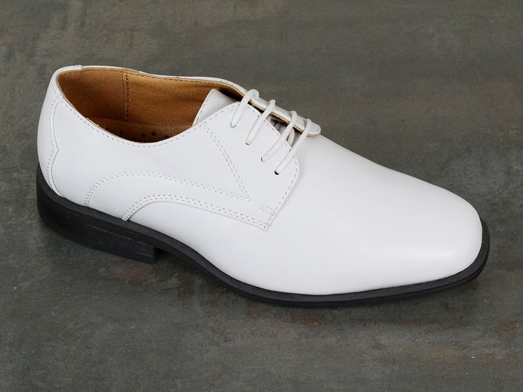 Boy's Dress Shoe 22008 White #boyssuits #heritagehouse #goodvibes #white #shoes #firstcommunion #communion #stacyadams
