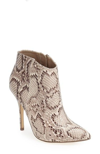 Great Boots for Fall.  Top fall boot styles for 2014.