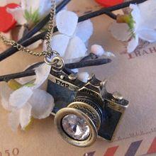 (Min zamówienie 5 dolarów) bronze plated biżuteria fashion hot sprzedaż czarny niebieski kolor piękny niebieski czarna emalia kobiety kamera wisiorki i naszyjniki(China (Mainland))