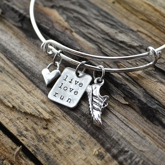 Live Love Run expandable style runners bracelet with sterling silver heart and running shoe charms. Visit us at www.afflatusdesigns.com for more customizable runners charms, necklaces and bracelets.