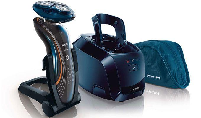 Silențioase și delicate cu pielea, aparatele de ras electrice Philips Shaver Series 7000 SensoTouch oferă un bărbierit fin, confortabil și fără iritații.