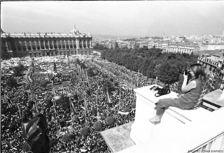 El documental sobre Joana Biarnés, una leyenda del fotoperiodismo casi desconocida