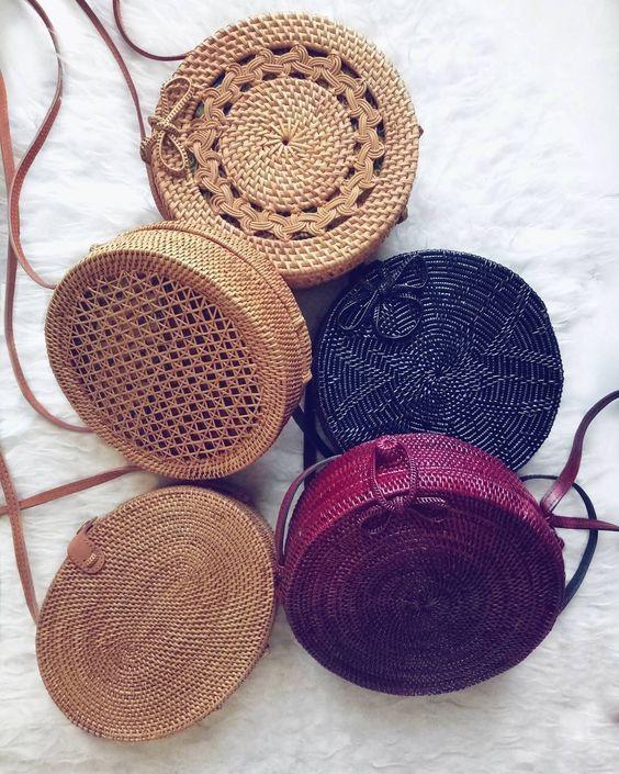 04db917d3e51f Плетеные круглые сумочки (подборка, diy) / Сумки, клатчи, чемоданы / ВТОРАЯ  УЛИЦА
