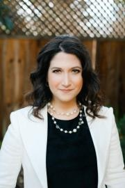 Randi Zuckerberg - Former marketing director of Facebook, and sister of the company's co-founder and CEO Mark Zuckerberg.#People #Technology #Facebook