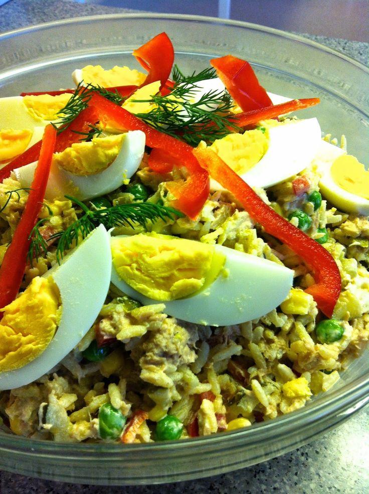 Herkuttelijat -ruokablogi: Tonnikala-riisisalaattia vaikkapa pinaattilettujen...