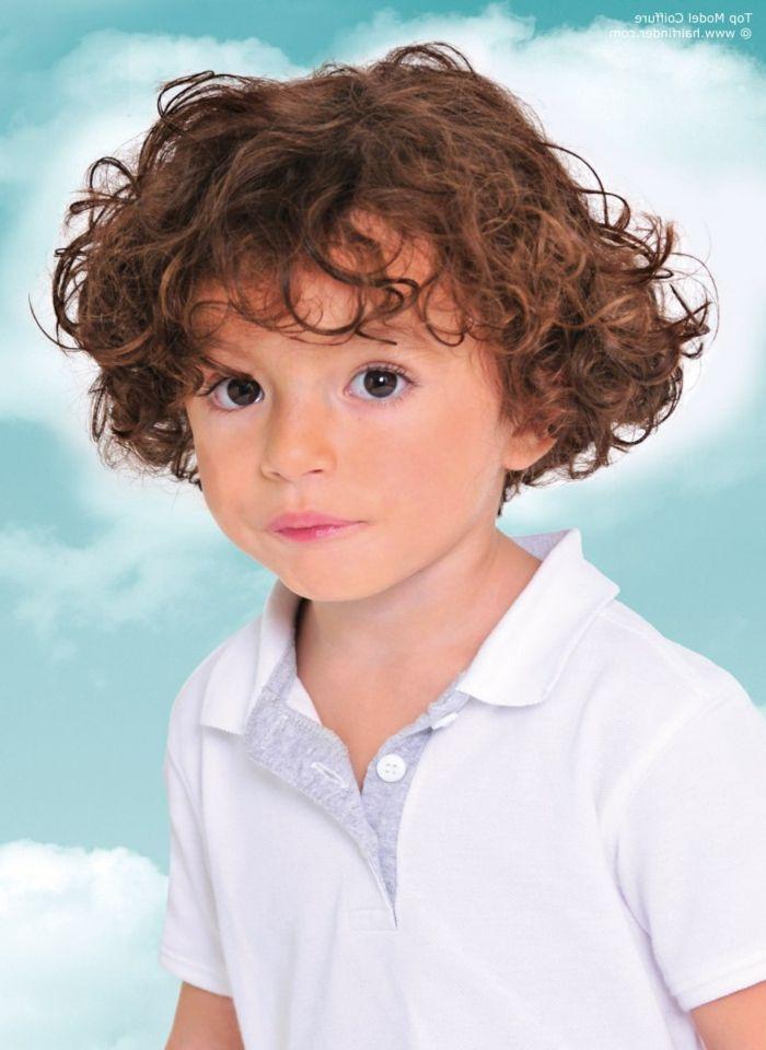 1001 Ideen Fur Jungen Frisuren Zum Nachmachen Kleinkinder Haarschnitt Haare Jungs Kleinkind Junge Haarschnitt