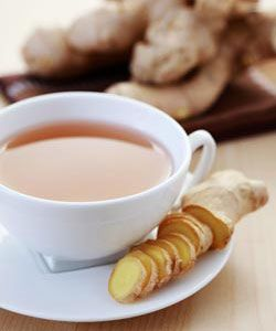 Reducing Bloating: Be A Ginger Ninja. Ginger tea or capsules usually work well for stomach problems. You can make the tea by boiling thin sliced ginger root, enough to cover the bottom of your pan, and let it simmer for around a half-hour. Organic ginger root is pricier and not as available as conventionally farmed ginger root. So peel the skin off conventionally farmed ginger root before slicing. When the tea cools enough to drink, add a little raw honey.