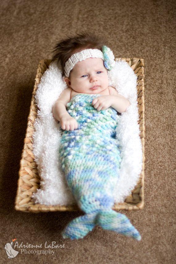 mermaid! (crochet baby cocoon) Just toooo cute!!  @Thereza Cockburn Christina Pessôa Darbilly, aprende a fazer pra Maria! :)