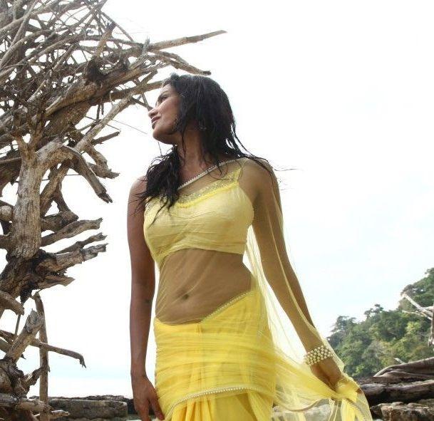 priya-anand-latest-hot-navel-show-still-from-ethir-neechal-movie-pics-2priya-anand-latest-hot-navel-show-still-from-ethir-neechal-movie-pics-2