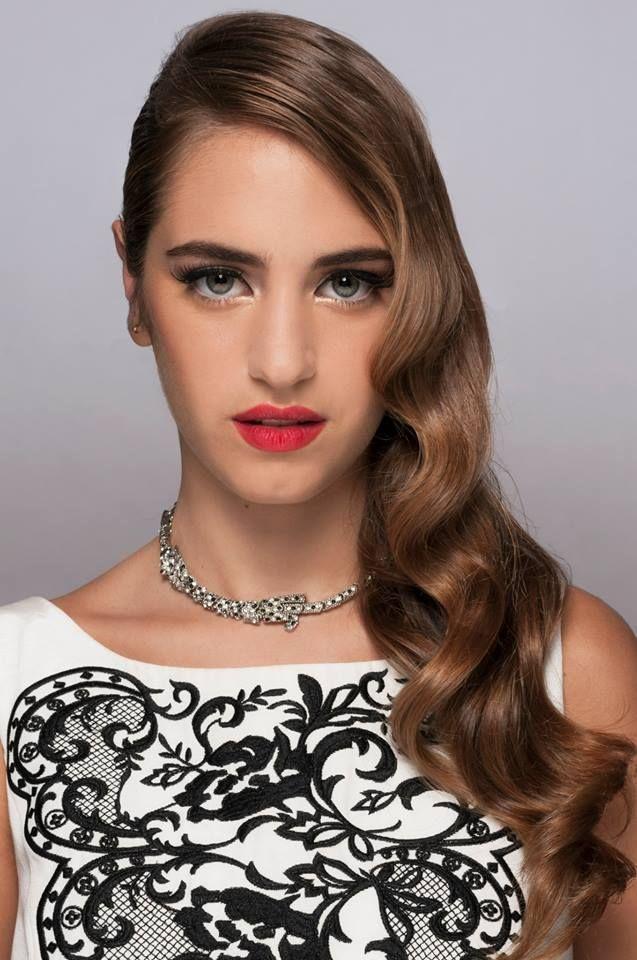 Ondas al Agua.. Red Carpet Style. Makeup Y Hair realizado por Mel Alvarez