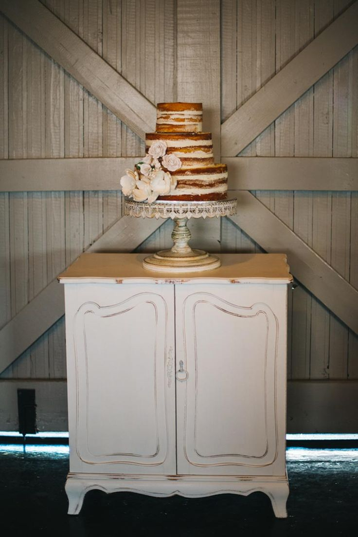 Naked Wedding Cake by Publix - Vintage Wedding at the Winter Park Farmers Market - Orange Blossom Bride - Photographer: Rudy and Marta Photography - Click Pin for More - www.orangeblossombride.com