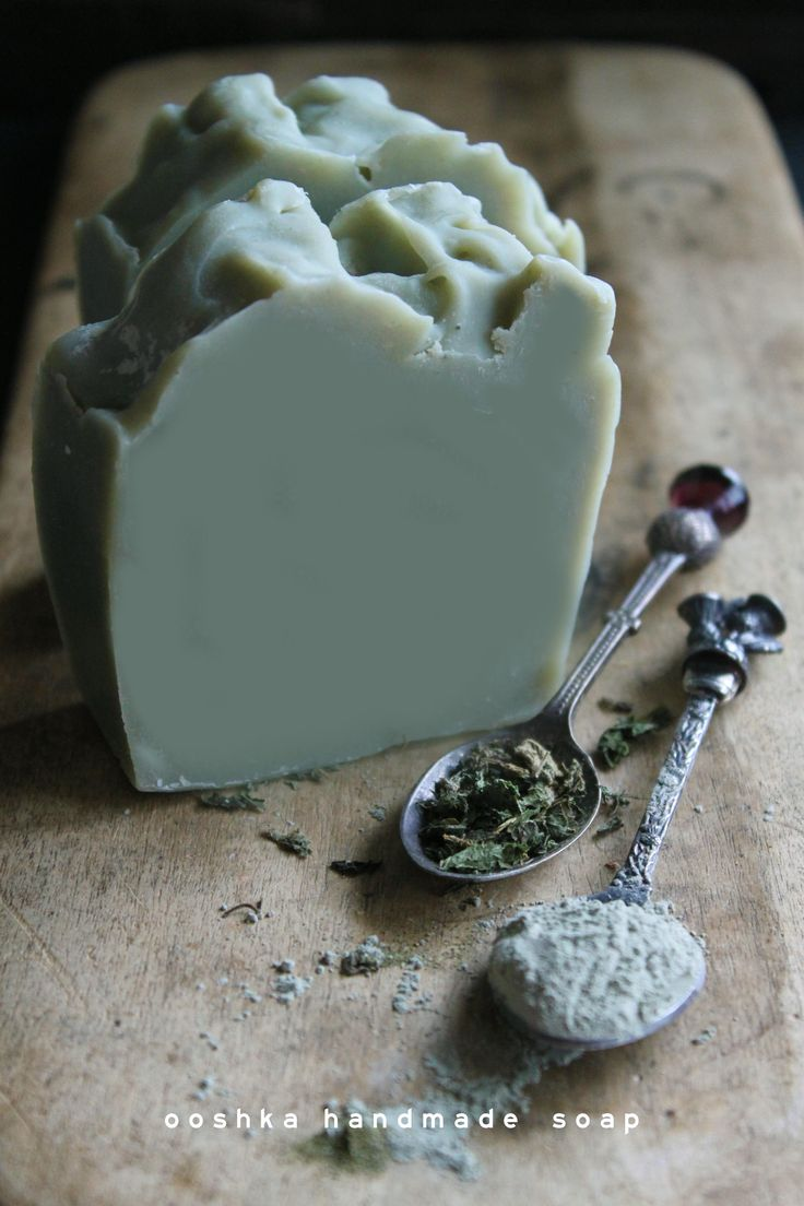 Adding green clay to soap is a natural and mess free way to get some of those lovely mud minerals onto your skin, with the added benefits of nettle powder for gentle exfoliation and refreshing lime essential oil.