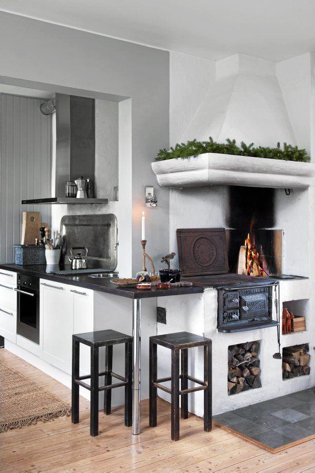 black and white kitchen Scandinavian
