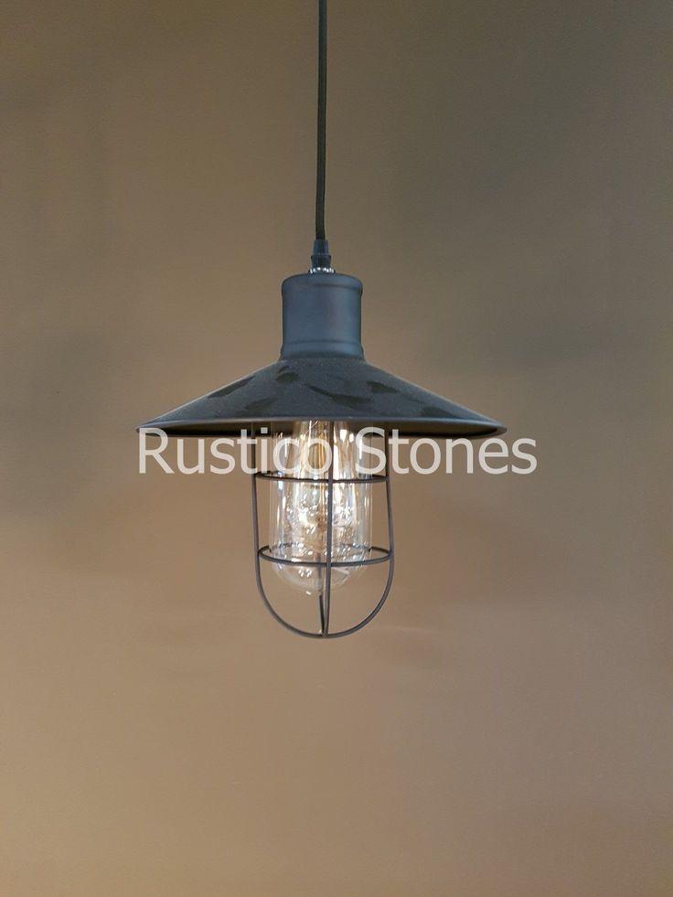 Cute Mooie oude fabriekslamp Hanglamp aan ketting Bakelieten houder met emaille hoed Onder de hoed is een glazen kap bevestigd cilindrisch van vorm