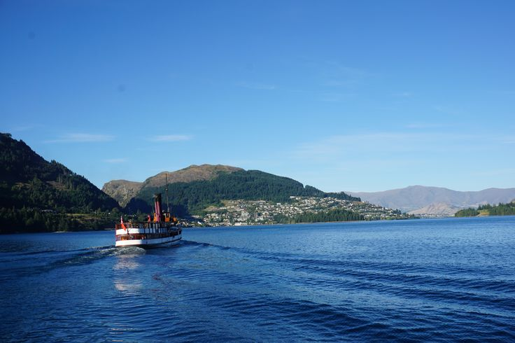 The TSS Earnslaw heading back to #Queesntown on a lovely summer afternoon