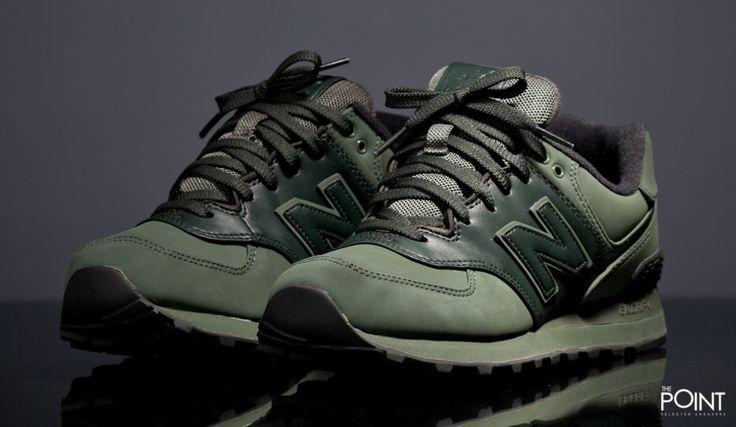 Zapatillas New Balance ML574 CHB, ya tenemos disponible en la #tiendaonline de #sneakers #ThePoint la nueva entrega del modelo de #zapatillasretrorunning #NewBalanceML574, esta vez #NewBalance la presenta en un colorway verde militar en su totalidad, visítanos y descubre todas las novedades de #NB para esta colección #PrimaveraVerano2016, http://www.thepoint.es/es/zapatillas-new-balance/1390-zapatillas-hombre-new-balance-ml574-chb.html