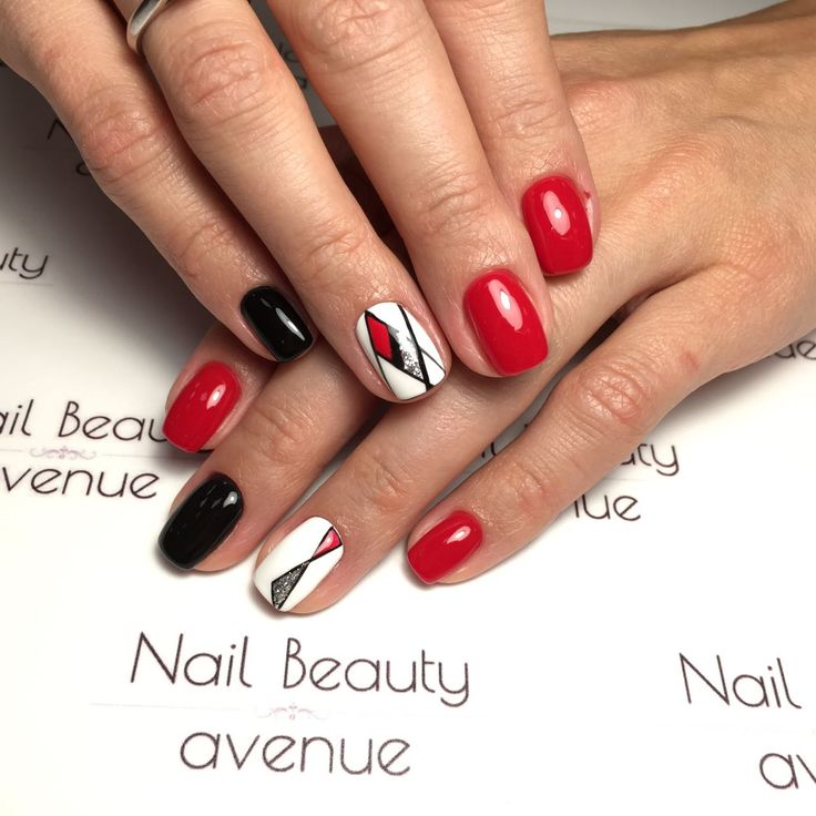 Nail art geometry red black and white nails design