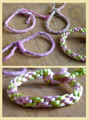 Ce bracelet est à la portée de tout le monde (y compris des enfants). Le nom ne vous dit rien? et la photo? C'est le nouveau bracelet à la mode! Le kumihimo vient du Japon, au début cela servait à faire des cordons. Cela devient un objet d'art au VIème...