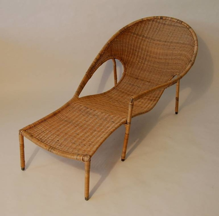 131 best images about chaise lounges on pinterest for Chaise longue rattan
