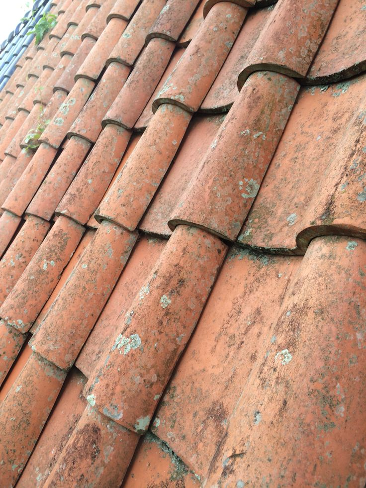 Spanish rooftiles (With images) Roof tiles, Terracotta
