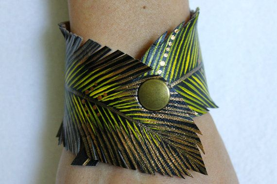 Feather snijden manchet gele gouden veer door AshleyAnnBennett