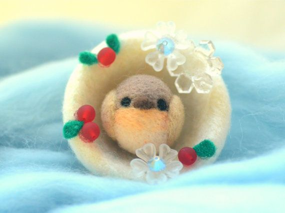 Handmade robin bird in snowball holiday decor by NozomiCrafts