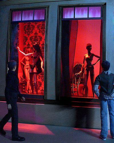 amsterdam red light district dolls dolls u neek pinterest amsterdam photos and red. Black Bedroom Furniture Sets. Home Design Ideas