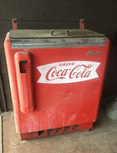 78 images about coca cola happy on pinterest for 1 door retro coke cooler
