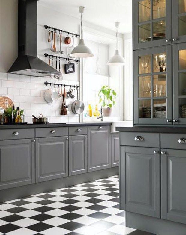 Best 25 checkered floor kitchen ideas on pinterest for Black and white check floor