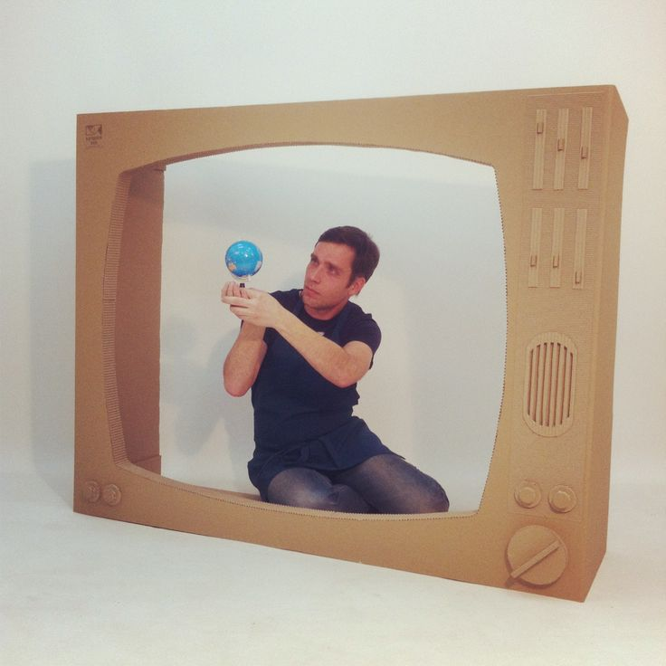 how to make tv with cardboard