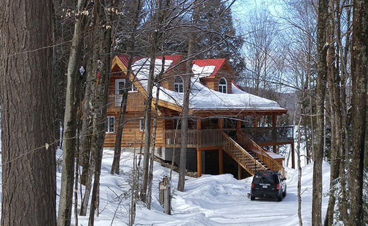 Ross Lake 5 is a wonderful log cottage close to Winterdance Dogsled Tours - Yukon Quest & Iditarod raceteam and ski or snowmobile trails.  Sleeps a maxium of 10, small dogs permitted.  More information on the web page.