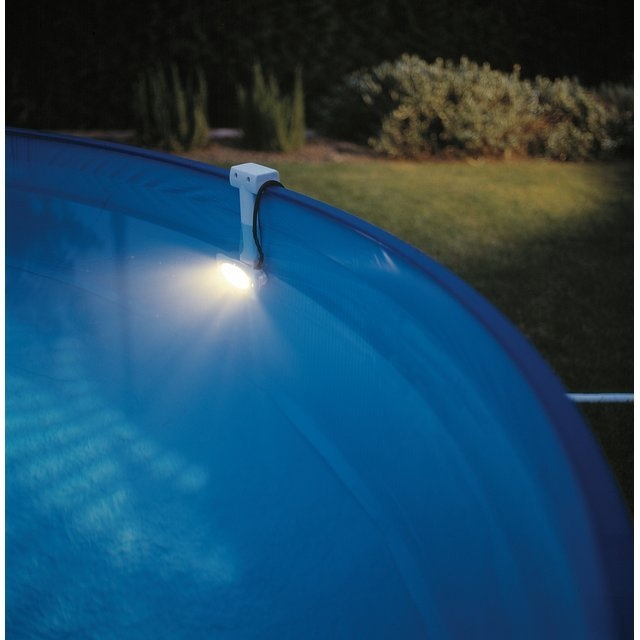 7 best iluminaci n piscinas images on pinterest showers for Foco piscina