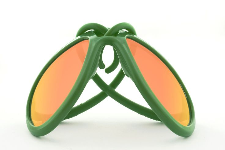 #green #sunglasses for #men by #AleRo available on #flooly link: www.flooly.com/it/occhiali-drop-verde-militare-multilayer-orange-al-e-ro/16430