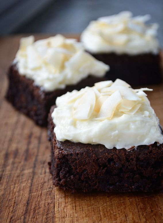 Cremet browniecheesecake med kokos - fines.dk
