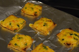triscuit cheese bites-quick and easy appetizer recipe!
