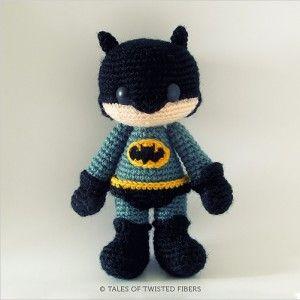 Batman Amigurumi - Patrón Gratis en Español en formato PDF, click en la imágen para abrirlo aquí: http://hastaelmonyo.com/?p=3199