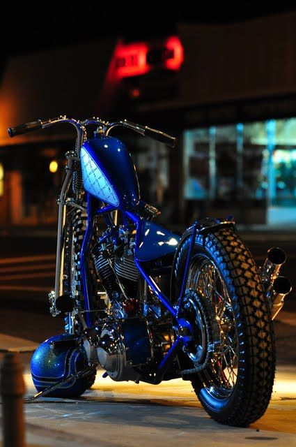 Harley Davidson Shovelhead Bobber by Violent Choppers #motorcycles #bobber #motos | caferacerpasion.com