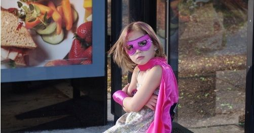 5 little girls have their superhero costumes turned into real comic-book superheroes