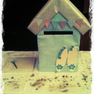 Beach hut wedding card collector
