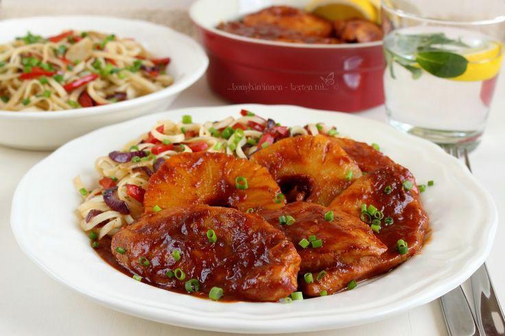 ...konyhán innen - kerten túl...: Fűszeres-ananászos csirke zöldséges pirított tészt...