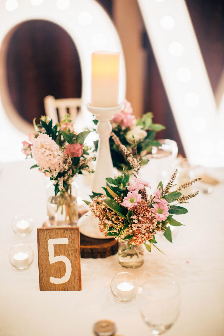 Hayley and Michael's lovely rustic-style wedding at Flaxton Gardens, Sunshine Coast Hinterland. Flowers by Willow Bud. Photography by Fig Tree Photography.