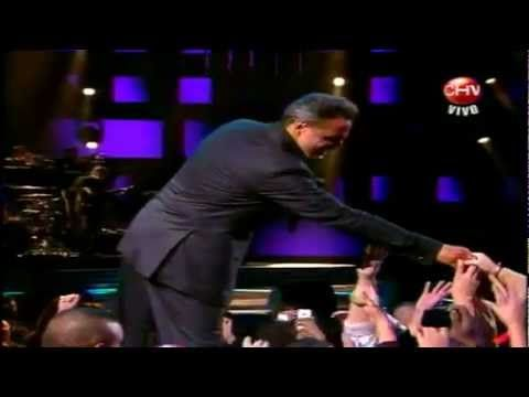 Luis Miguel - Te Necesito - Festival Viña del Mar 2012 So smooth, as we mature~!