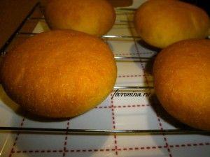 Дрожжевые булочки с кукурузной мукой