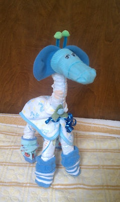 Giraffe Baby Diaper Cake...