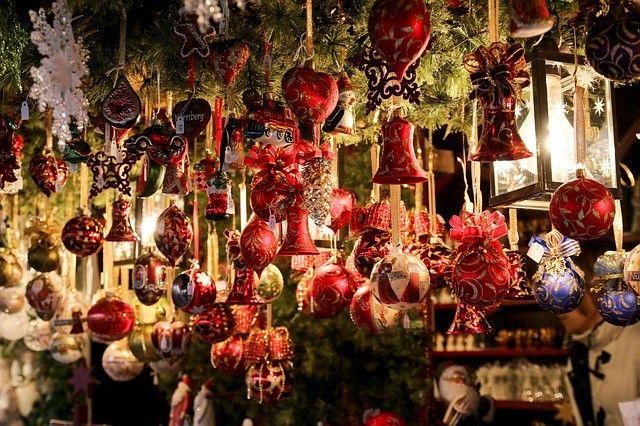 24.November 2017 - 06.Januar 2018 - Bruneck - Brunecker Weihnachtsmarkt - bummeln Sie doch einmal, gerne auch mehrmals :-), über den Brunecker Weihnachtsmarkt, lassen Sie sich verführen von Düften, Musik, Lichtern und was sonst noch so alles auf einen Weihnachtsmarkt gehört - bis auf wenige Ausnahmen können Sie dies täglich von 10 bis 19 Uhr tun...Für weitere Infos und Veranstaltungen hier klicken: http://dorftirol.beeplog.de/786258_5314845.htm