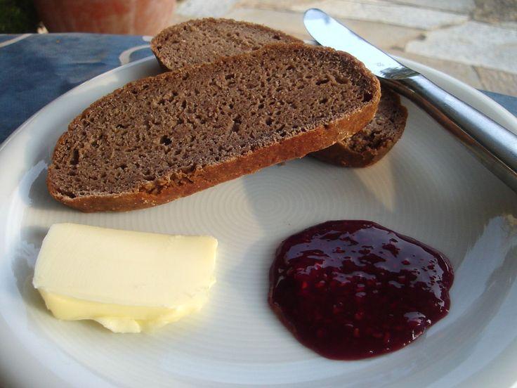 Dunkles Brot - Trudels glutenfreies Kochbuch, glutenfrei backen und kochen bei Zöliakie. Glutenfreie Rezepte, laktosefreie Rezepte, glutenfreies Brot