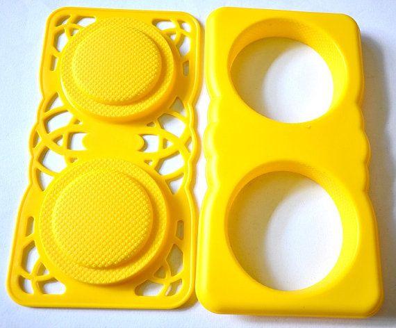 Menjual cetakan alat bento surabaya  Nama Produk   Rice Mold - Burger Yellow Phone/SMS/WA 0852-3179-7181 PIN 59417AD0 official website www.forbento.com  #bento #indonesia #jualalatbento #cateringboxbento #cetakan #alatbento #alatbentomurah   #cetakannasi #cetakanwortel #cetakannori #pemotongnori #punchernori #forbentoForbento