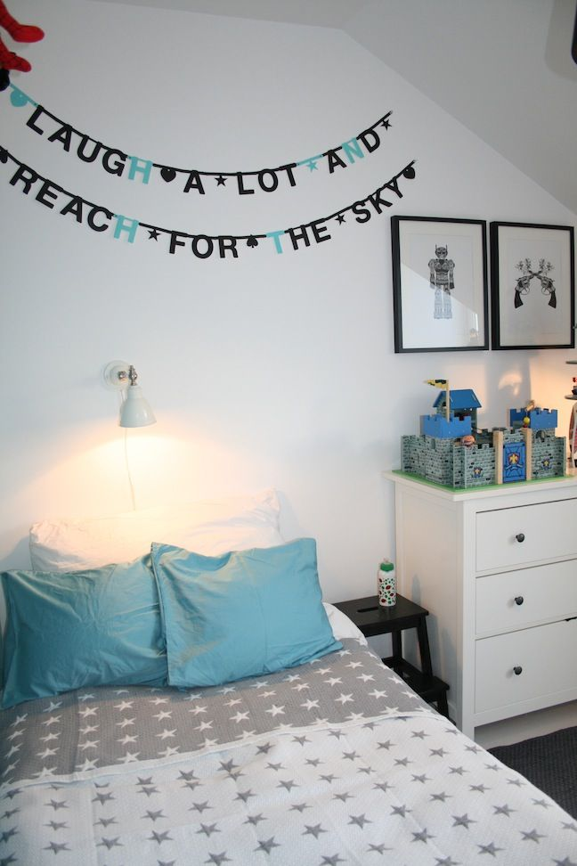 kids room.. Gray with colored sheets. Like it.